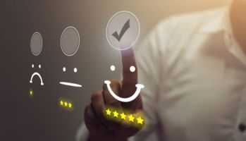 Xs and Os: The Power of Experience and Operational Data in Retail Banking